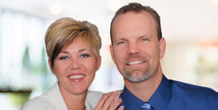 Chiropractor Carpentersville IL David and Jill Noble